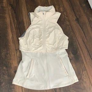 Lululemon sleeveless athletic jacket